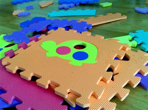 tappeto bambini giochi bambini tappeti puzzle blogmamma it blogmamma it
