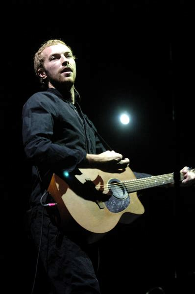 coldplay new song coldplay s chris martin plays new song at apple itunes