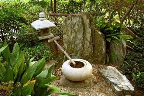 pietre per giardino zen fontanelle in pietra fontane caratteristiche delle