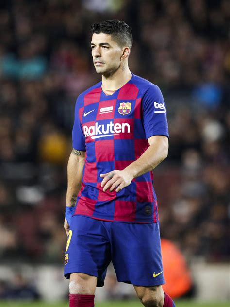 luis suarez set  leave barcelona  join south america