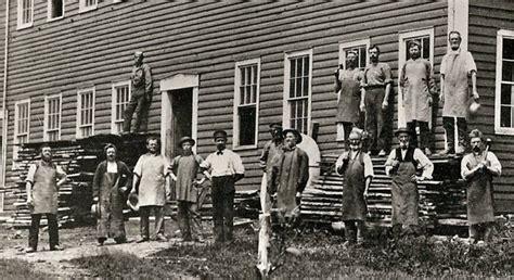 American Spirit Lights Williamsburg Blacksmiths Colonial Wrought Iron