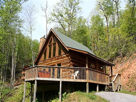 1 bedroom chalets in gatlinburg sleeping beauty 1 bedroom 2 bathroom cabin rental in