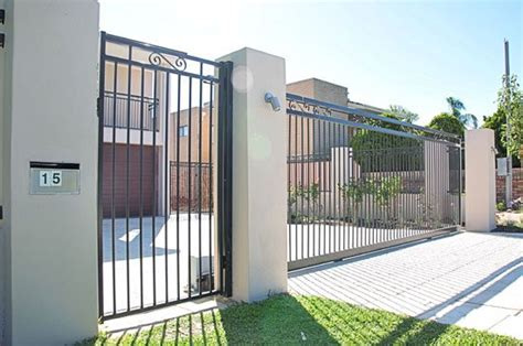 driveway gate options ranked least to most expensive