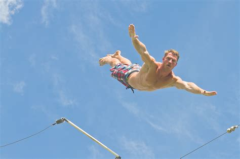 flying on i fly trapeze