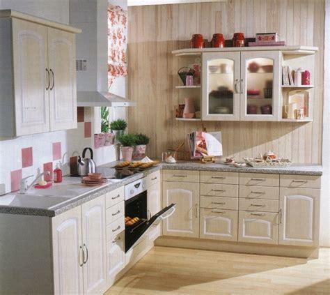 cuisine irina qui a la cuisine sienne ou de bricot depot