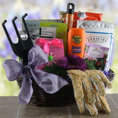 backyard gift ideas garden party gardening gift basket http mygourmetgifts