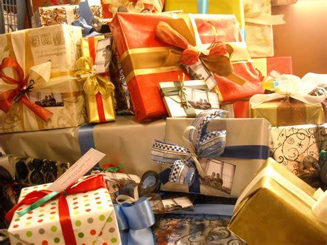 Beautiful Gifts beautifully wrapped gifts www pixshark