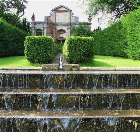 west green garden  basingstoke places  stay