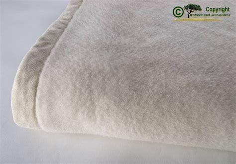 wolldecken waschen und pflegen beratung und service - Wolldecken Mit ärmel
