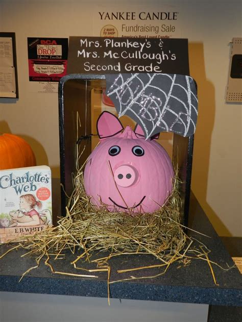 charlottes web book report 9 best book report images on pumpkin ideas