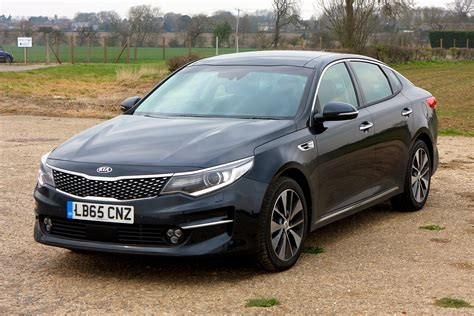 kia saloon cars kia optima saloon review 2016 parkers