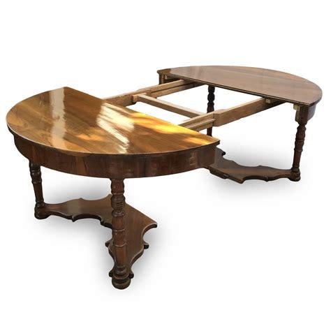 tavolo da sala allungabile tavolo antico da pranzo in noce allungabile 1800