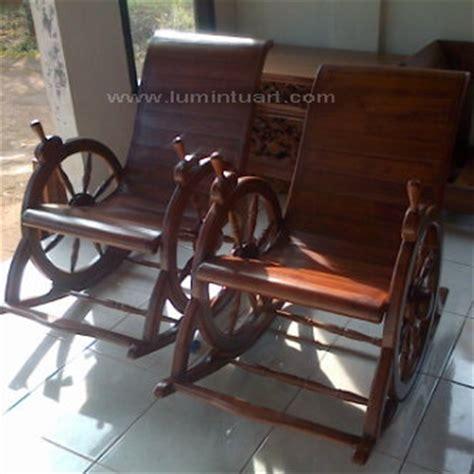 Kursi Goyang Roda 1 kursi goyang jati kursi santai jati kursi jati jepara ud lumintu gallery furniture