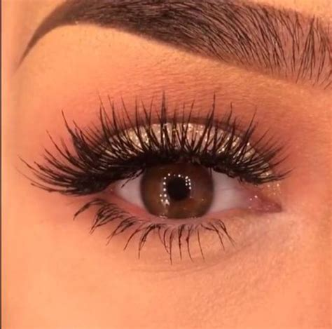 Best 25  Natural looking eyelash extensions ideas on
