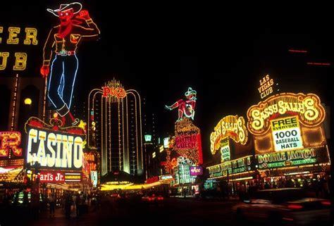 Las Vegas Usa Tourist Maker Lights In Las Vegas