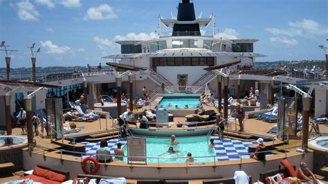 cruise reviews wonderful bermuda cruise summit cruise review