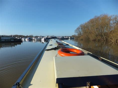 river thames update river thames flooding update 1st march 2014 myrivercruising