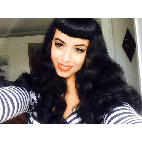 how to achieve the bettie page waves vintage - Bettie Page Hairstyle