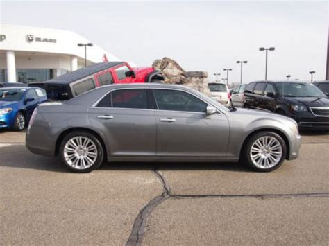 2012 chrysler 300 luxury series buy used 2012 chrysler 300c luxury series in 4630 e 96th
