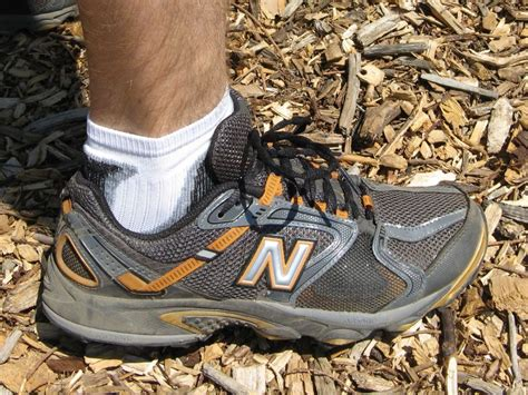 new balance running shoe review new balance 875 trail running shoes review feedthehabit