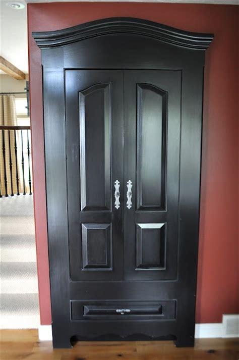 Hideaway Closet Doors Great Way To Hide A Closet Door Home Pinterest