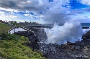 Andy hutchinson the kiama blowhole showing off as an east coat low