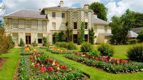 down house english heritage down house home of charles darwin sightseeing visitlondon com