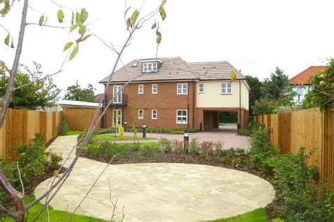 1 bedroom flat to rent in littlehton houses to rent in spelthorne latest property onthemarket