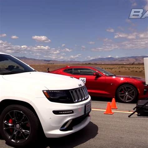 Jeep Vs Camaro Drag Race Jeep Srt8 Vs 2016 Camaro Ss Dpccars