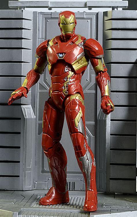 Iron Marvel Legends Hasbro Ironman Marvel Legend review and photos of marvel legends nuke captain america