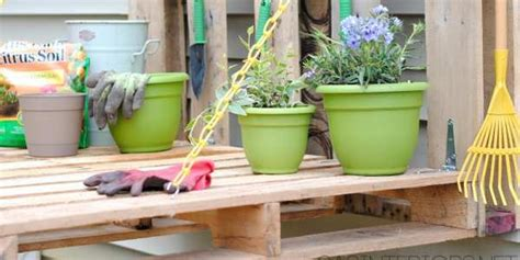 arredare il giardino con i pallet 10 idee per arredare il giardino con i pallet greenme