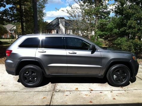 jeep cherokee blacked 2014 jeep srt8 blacked out www imgkid com the image