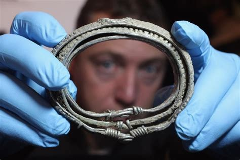 pictures retiree with metal detector finds 1000 year viking treasure hoard in scotland