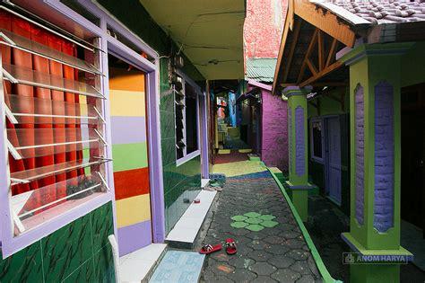 kampung warna warni  malang  keren jalan jalan yuk