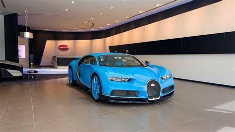 Bugatti Car In Dubai by World S Largest Buggati Showroom Opens In Dubai Luxury Cars