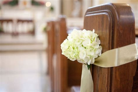 pew decorations for weddings church pew decorations