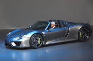 Porsche Hybrid 918 Porsche 918 Spyder Hybrid Front Three Quarters1 Photo 18