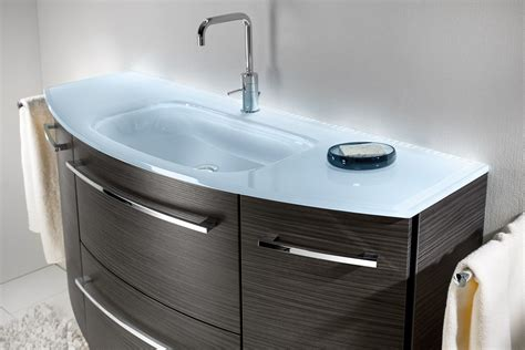 waschbecken aus glas glas waschbecken mit unterschrank hausliche verbesserung