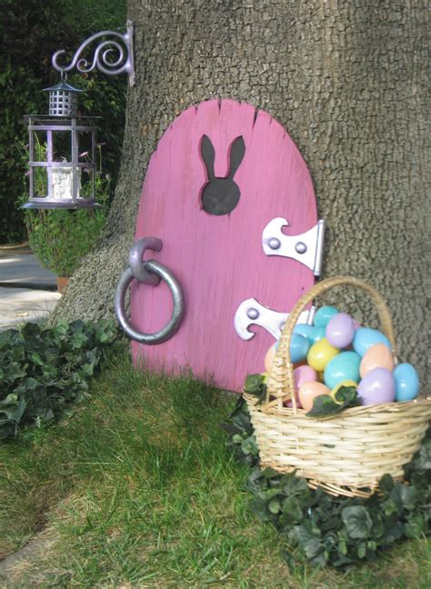 Easter Yard Wood On Door Dave Lowe Design The The Easter Bunny In
