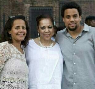michael ealy mom michael ealy his mom and sister elegant women