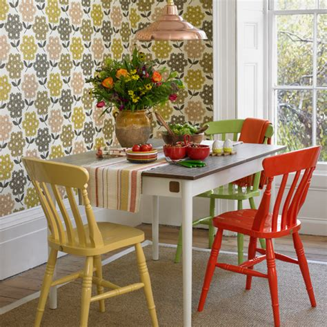 7 ways to work a vintage style wallpaper into your scheme