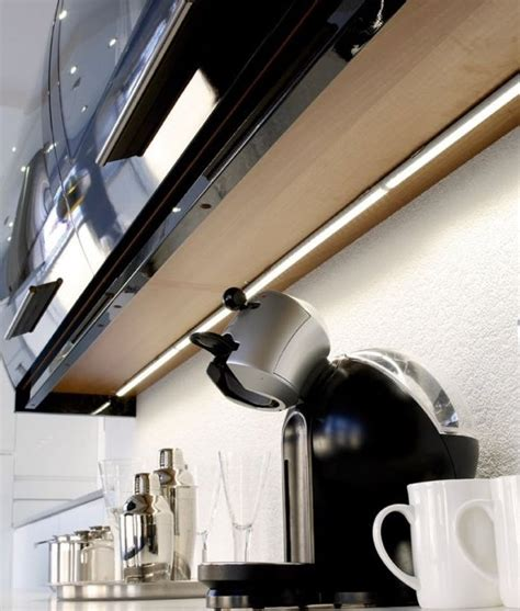 led linkable light for use kitchen wall units