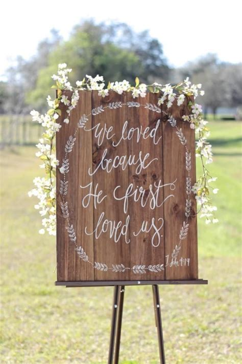 Wedding Bible To Sign by 25 Best Ideas About Rustic Church Wedding On