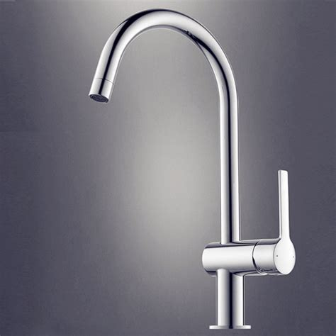 Great in Design Silver Kitchen Faucet Chrome   Modern   Kitchen Faucets   other metro