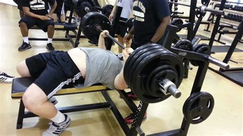 high school bench press phillip w gegner 440lbs bench press warren central