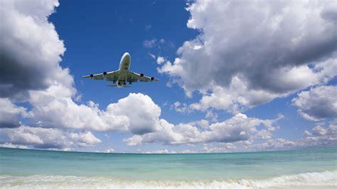 student plane  international student identity card