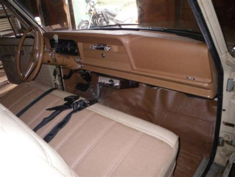 Jeep J10 Interior 442 Then Parked 1 Owner 1975 Jeep J 10 Bring A