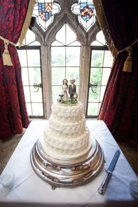 examples  wedding cake toppers    customers