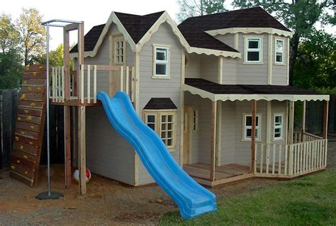 backyard clubhouses backyard clubhouse ideas 8 best treehouse images on