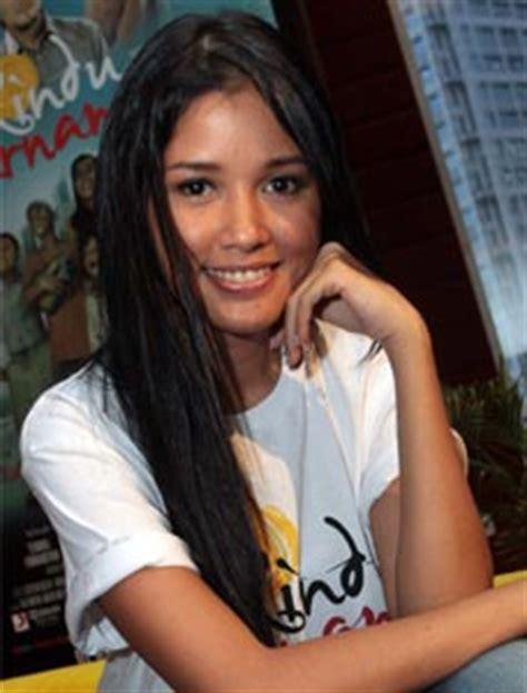 bintang film layar lebar indonesia liza natalia gratis dengerin musik indonesia online